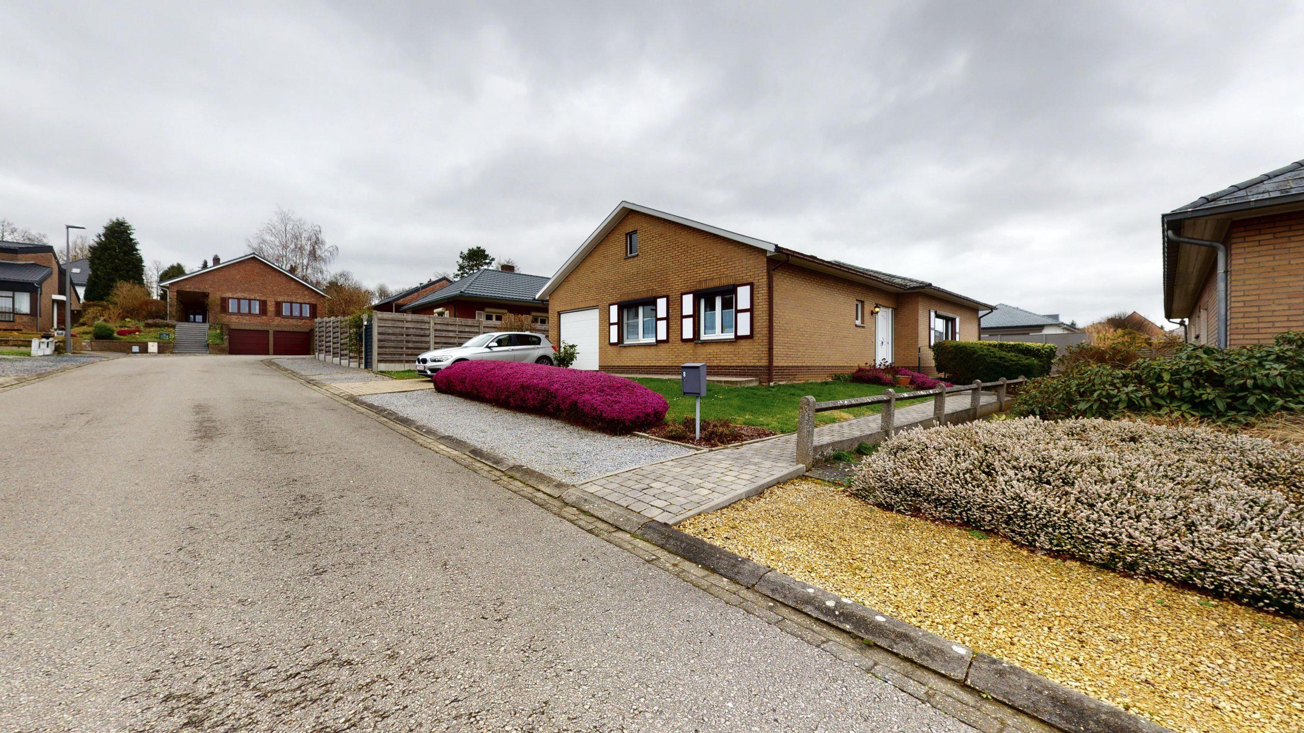 Verzorgde bungalow in rustige straat te Korbeek-Lo