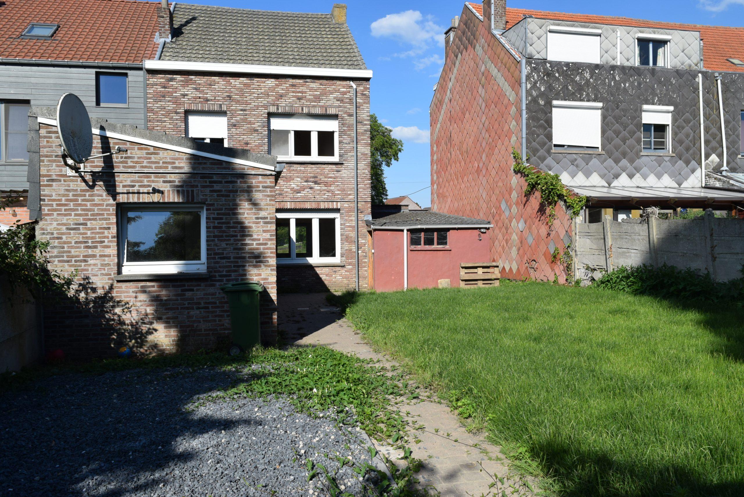 Woning met garage en tuin te Hoegaarden