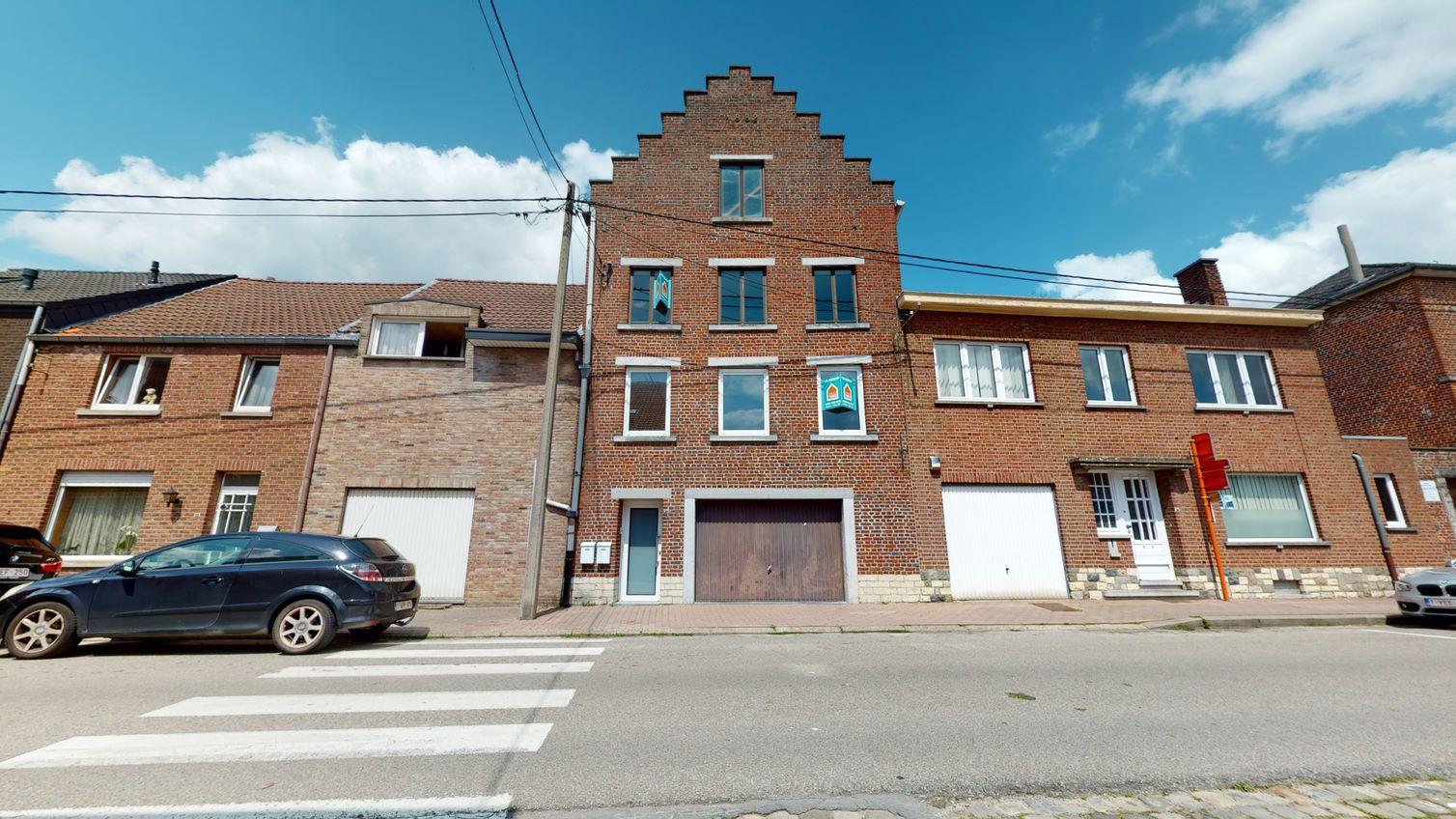 Woning met 2 appartementen te Hoegaarden