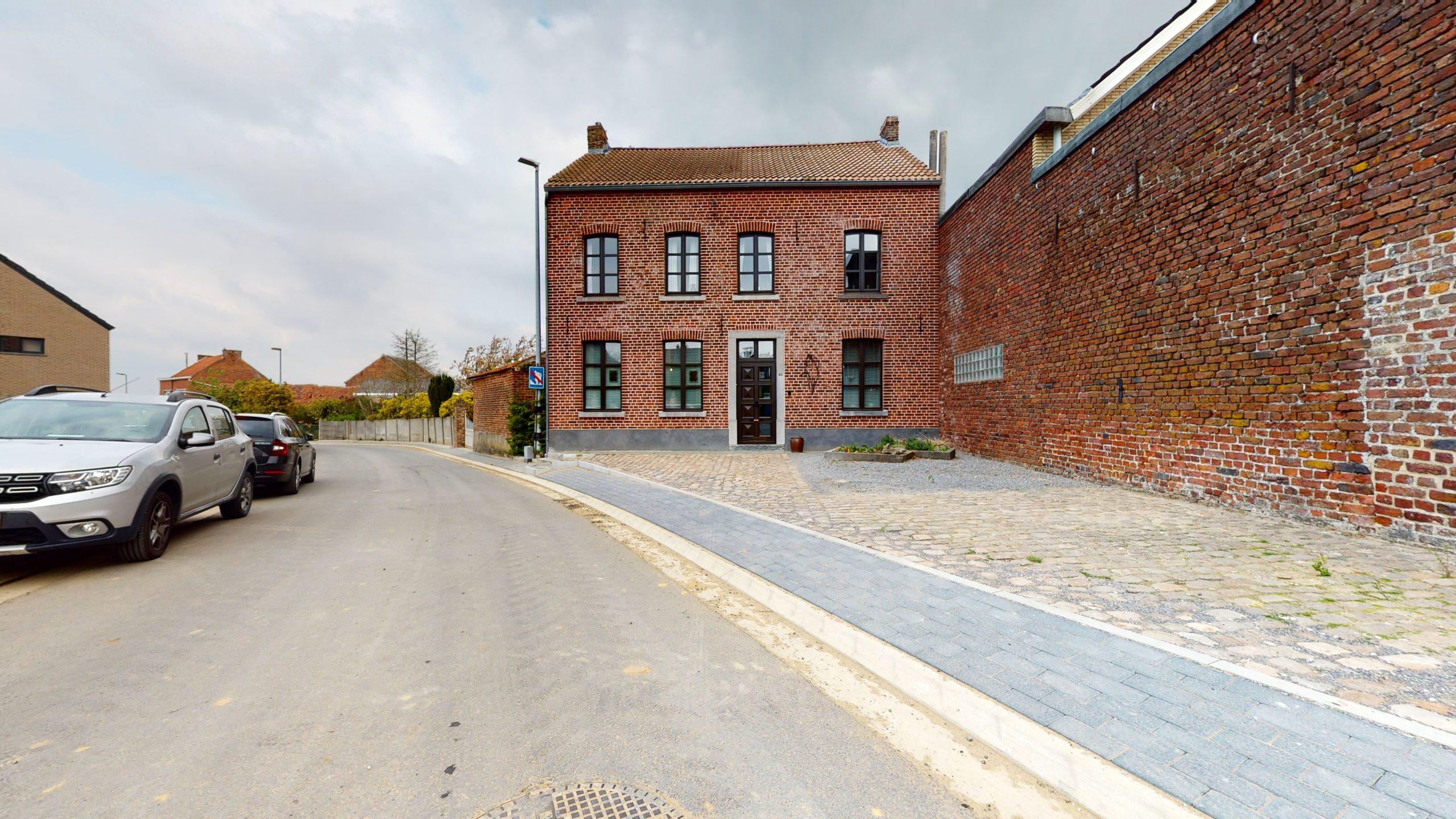 Authentieke landelijke woning te Hauthem (Hoegaarden)